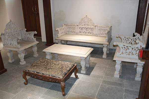 Marble seating – Displayed in Mughal Gallery